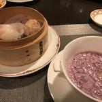 77910133 - 紫芋スープとシュウマイ