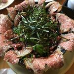 77916755 - 溢れローストビーフ丼(*´ω`*)A5