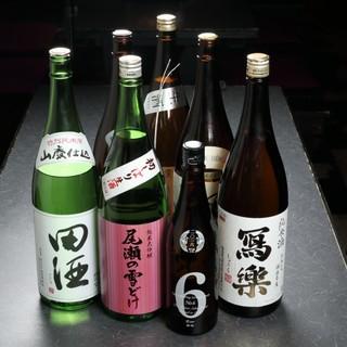 お肉と相性の良いドリンクが充実。希少な日本酒もご用意