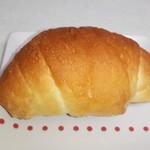77921698 - 塩バターパン