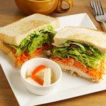 サンドイッチ・ファクトリー - シーザーチキン
