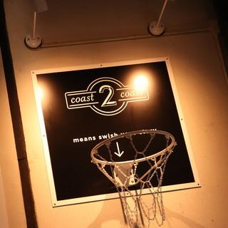 スラムダンクの直筆イラストも!バスケ好きが集まる表参道の聖地