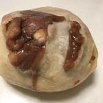77927297 - 豆パン、オススメ(°▽°)