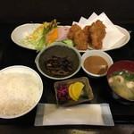 わか菜 - カキフライ定食 900円