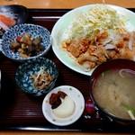 77931102 - ピリ辛豚しゃぶ定食