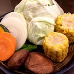 肉の入江 - 野菜盛り合わせ