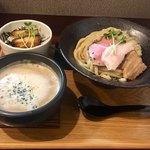 麺家 半蔵 - 半蔵流魚介つけ麺 ミニチャーシュー丼