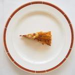 Restaurant Pigeon - ランチコース 3780円 の根室産ウニと北関東の赤エビと季節野菜のキッシュ