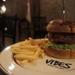 VIBES - メキシカンサルサバーガー