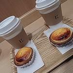 77939580 - 焼きたてチーズタルト、コーヒー