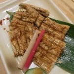 丸万寿司 - 蒸し穴子たれ焼き