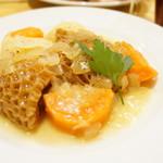 マイヨジョーヌ - フランスの伝統料理も。