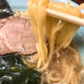 なかむら屋 - もちもちの麺