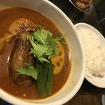 gopのアナグラ - 料理写真:レギュラースープ チキン野菜カレー(980円+50円)