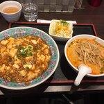 麺点飯 広州 - 料理写真:麻婆丼+担々麺(ミニ、辛口)セット