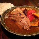バル エル ロシオ - スペイン産赤豚 スープカレー