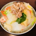 ビーフン東 - 五目焼きビーフン小盛り(600円)