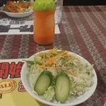 モティマハル - 最初のサラダです