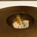 nagoya murata  - 北海道産3年物の牡蠣 芽葱と愛知県産ニンジン
