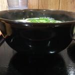 心彩 - 丼は麺が泳ぐBタイプ