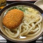 根っこ - 料理写真:コロッケうどん360円
