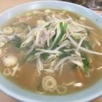 自慢亭 - 味噌…スープが薄いが…