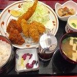 京成友膳 - ミックスフライ定食 1480円
