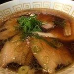 77972263 - チャーシュー醤油らぁ麺  950円