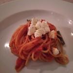イタリア料理 ペロー - トマトパスタ!モッツァレラ!