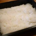77973208 - 魚沼産こしひかりのご飯は★3.5