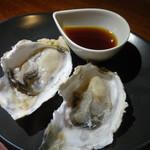 ヤキニク ルース - 食べログのクーポンで頂いた牡蠣達