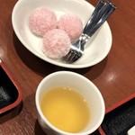 チャイナ食堂 九龍 - デザート:安納芋の団子