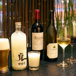 焼肉チャンピオン - ビール、焼酎、日本酒、マッコリにワインなど幅広く揃えているのも嬉しい