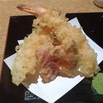 亀甲屋 - エビと旬野菜の天ぷら