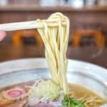 麺屋NOROMA - 中太ストレート麺