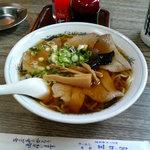 三日月食堂 - チャーシュー麺