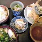 やまや - 料理写真:天ぷら定食 小うどん付 900円