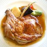 グランポルト函館 - 知床地鶏のロースト