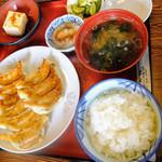 餃子会館 - 餃子定食(ダブル)