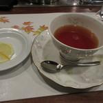 近江牛レストラン ティファニー - 食後の紅茶付き