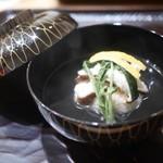 豪龍久保 - 松葉蟹と原木椎茸のお椀