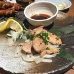 九州名物とめ手羽  - 4000円飲み放題コースより   薩摩悠然鶏のもも焼き