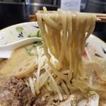 78014014 - 濃厚味噌らぁ麺の麺リフト