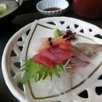 宝家 - あさり膳の刺身