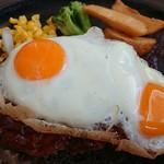 洋食 だんらんや - 料理写真:デミ玉ハンバーグランチLL(税込み1,380円)