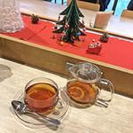 ポータル カフェ アキバ - ランチのセットドリンク(紅茶)+税別200円
