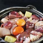 横浜鳥ぎん - すき焼き風の甘いタレで食欲をそそる『鶏なべ』