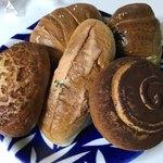 伊三郎製パン - 料理写真:この5個を購入 全て100円パン 税別