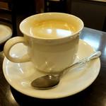 ル パティシエ クニヒロ - ブレンドコーヒー350円
