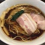 かしわぎ - 料理写真:醤油ラーメン(680円)